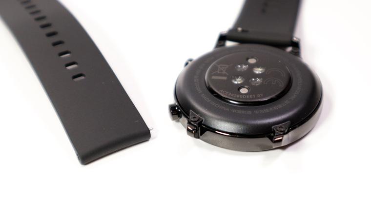 ▷ Сравнение Huawei Honor MagicWatch 2 42mm и Huawei Watch GT 2 Classic 46mm: Телефония · Спорт и туризм · Дисплей · Аппаратная часть · Питание · Корпус и ремешок
