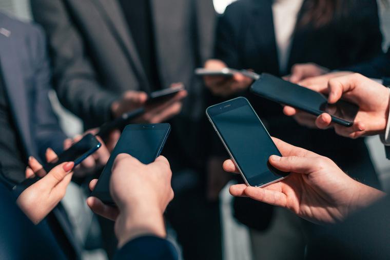 ТОП-10 самых долгоживущих смартфонов от одной зарядки по версии dxomark