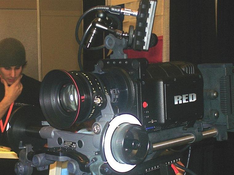 На что снимают в Голливуде — обзор видеокамер для большого кино