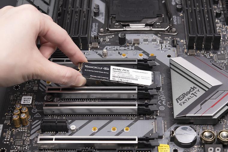 Как установить и подключить SSD