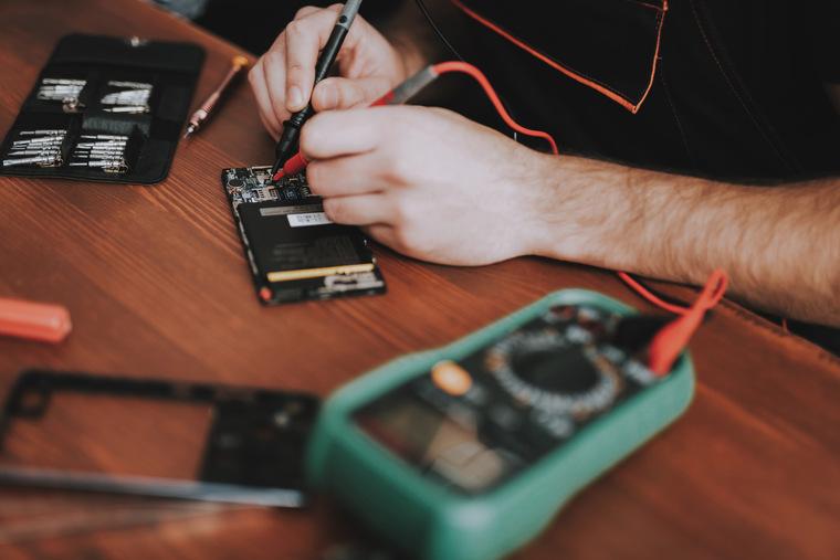 Хитрости измерения емкости аккумуляторов смартфонов и другой мобильной техники